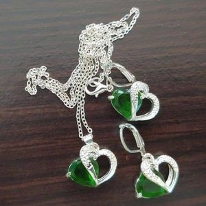 Jewelry - 15+ TCW AVENTURINE ~ 925 STAMPED STERLING SILVER